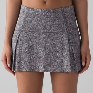 Lululemon Lost in Pace Skirt size 12 NWT
